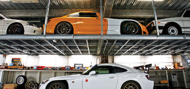 htup_0803_02_z+spoon_sport_honda_s2000_demo_car+spoon_sports_garage